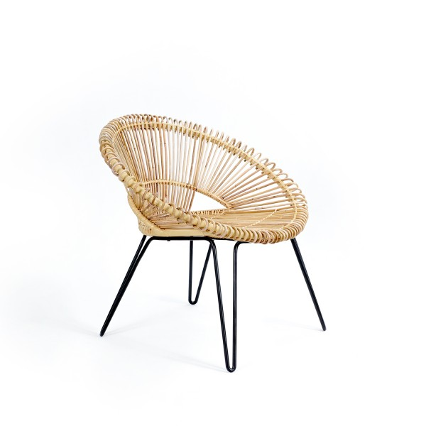 ROUNDED RATTAN ARMCHAIR
