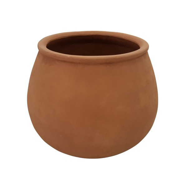 TERRACOTTA PLANTER AT SEATING