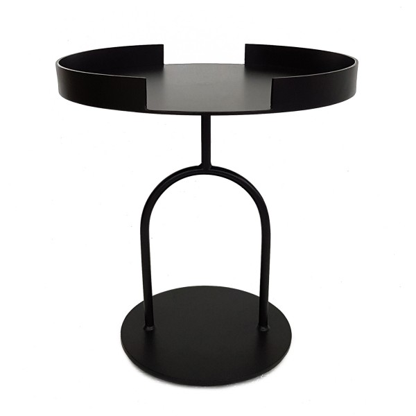 SIDE TABLE AT ENTRY