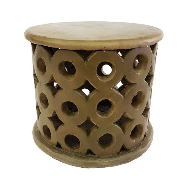 SIDE TABLE AT FIRE PIT